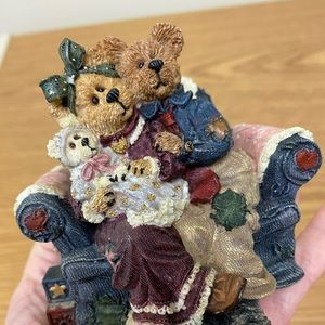 """Boyds Bears Accents - Boyds Bear """"Yes Sir That's My Baby Music Box"""""""
